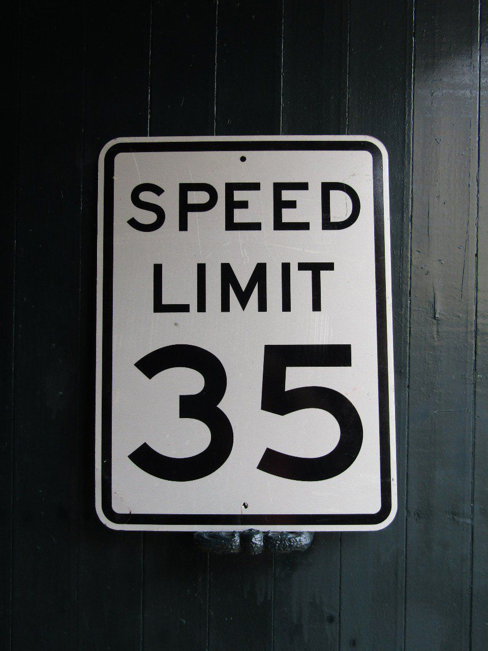 "Panneau routier US ""SPEED LIMIT 35"""