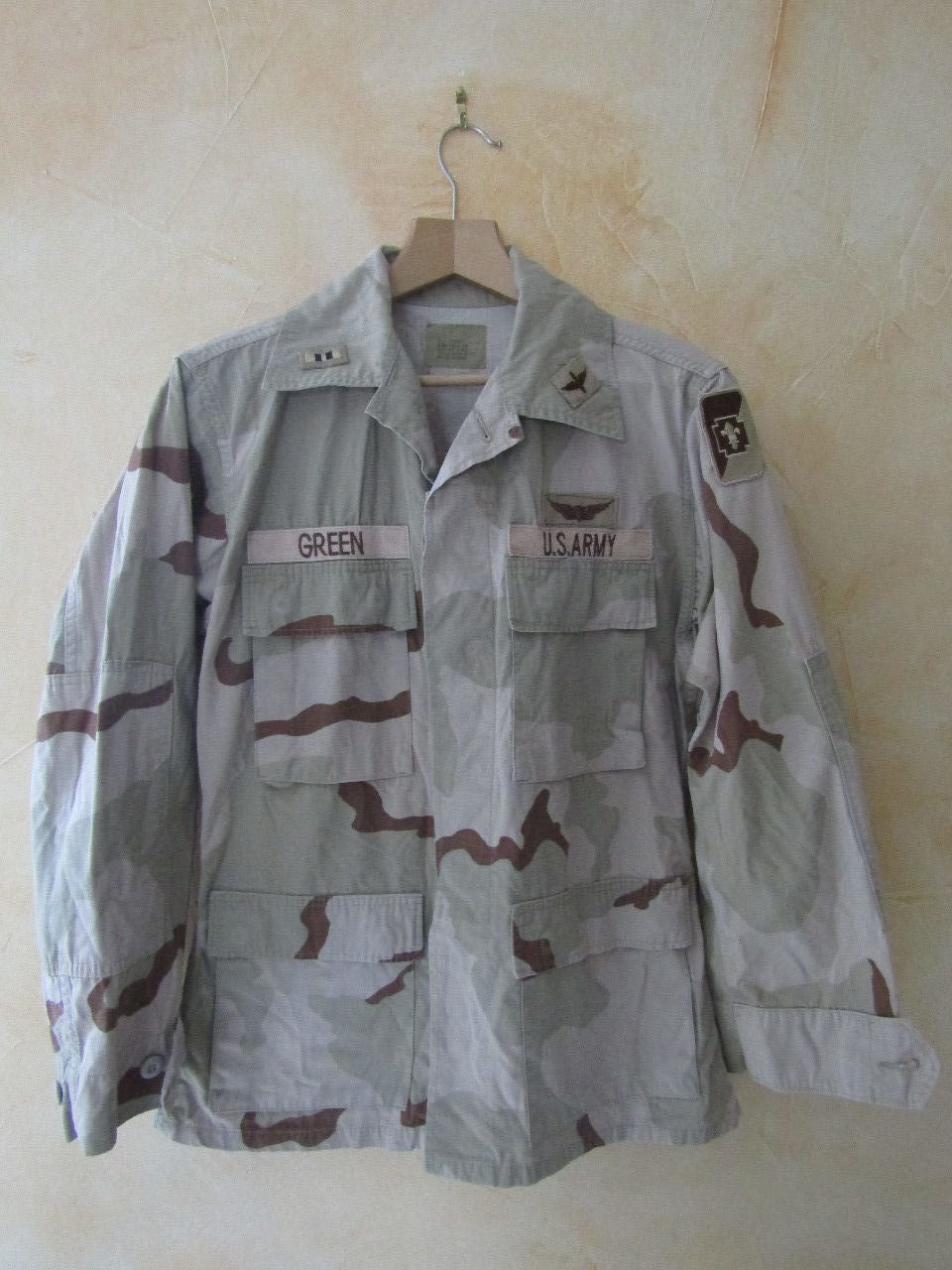 DCU Desert Camo Shirt Size : Small / Regular MEDICAL BDE PILOT